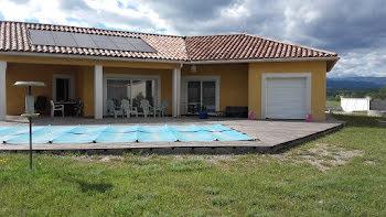villa à Grospierres (07)
