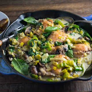 Chicken, Leeks and Spinach in a Creamy Wine Sauce.