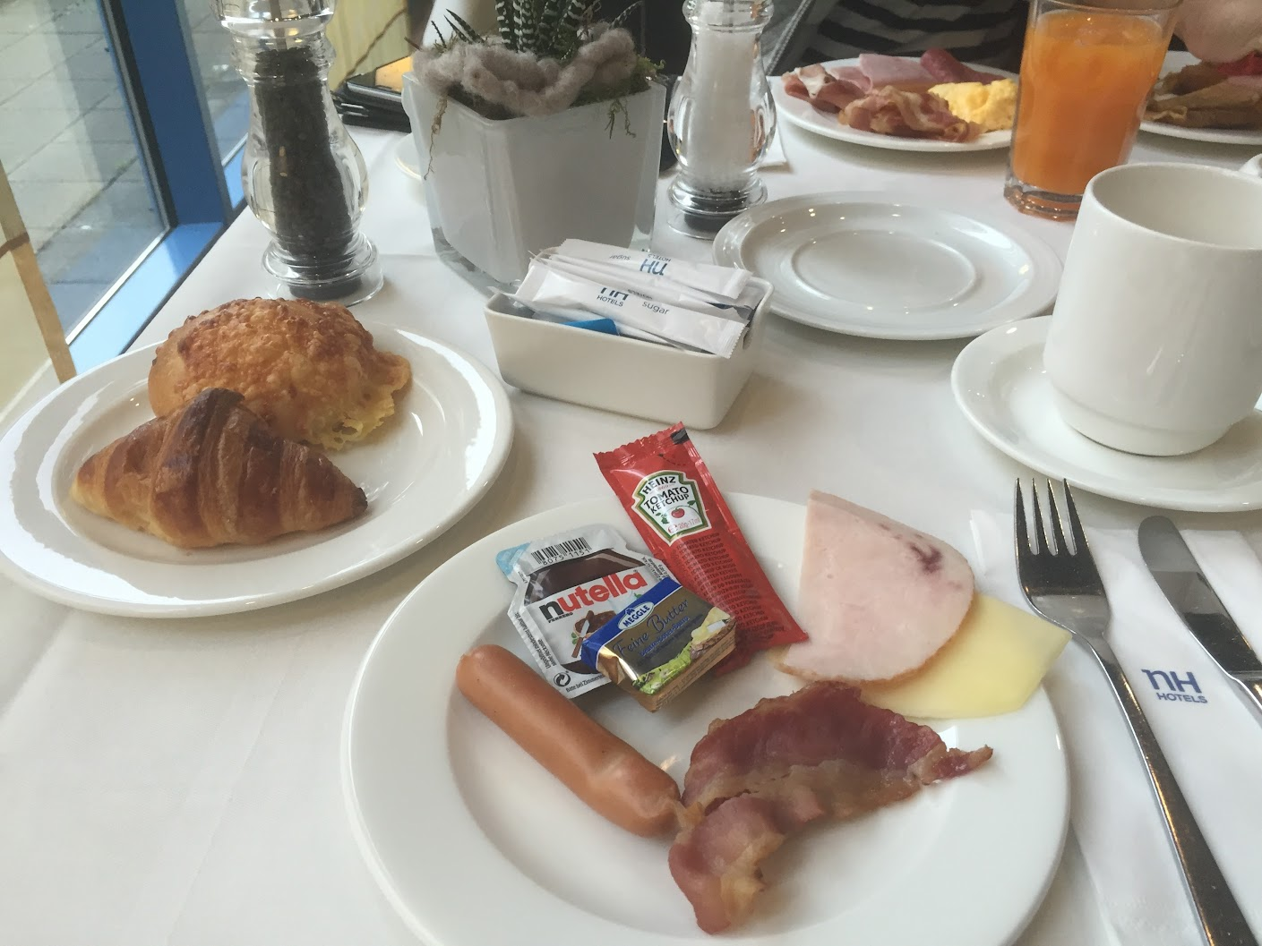 NHドルトムント 朝食