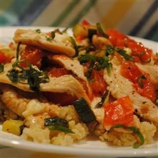 Chicken with Quinoa and Veggies.