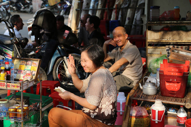 Discover Hanoi Old Quarter on foot