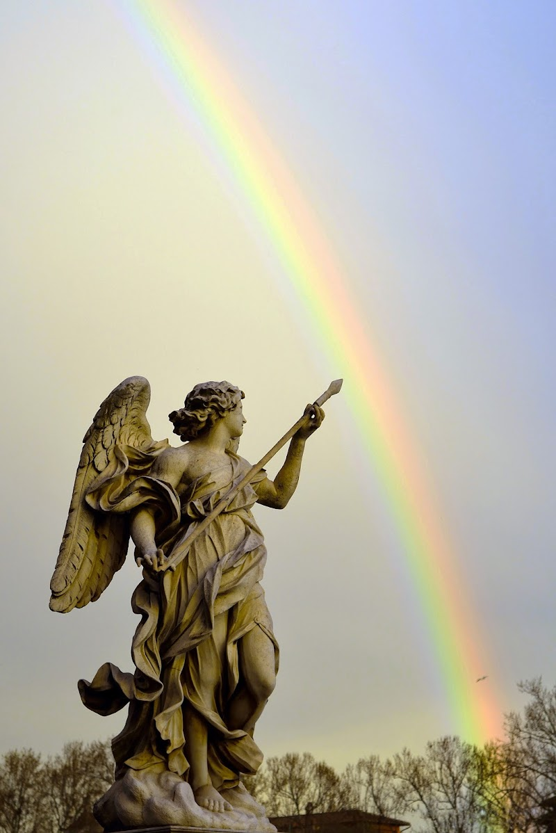 Painting a rainbow di albertoschiavoimmagini