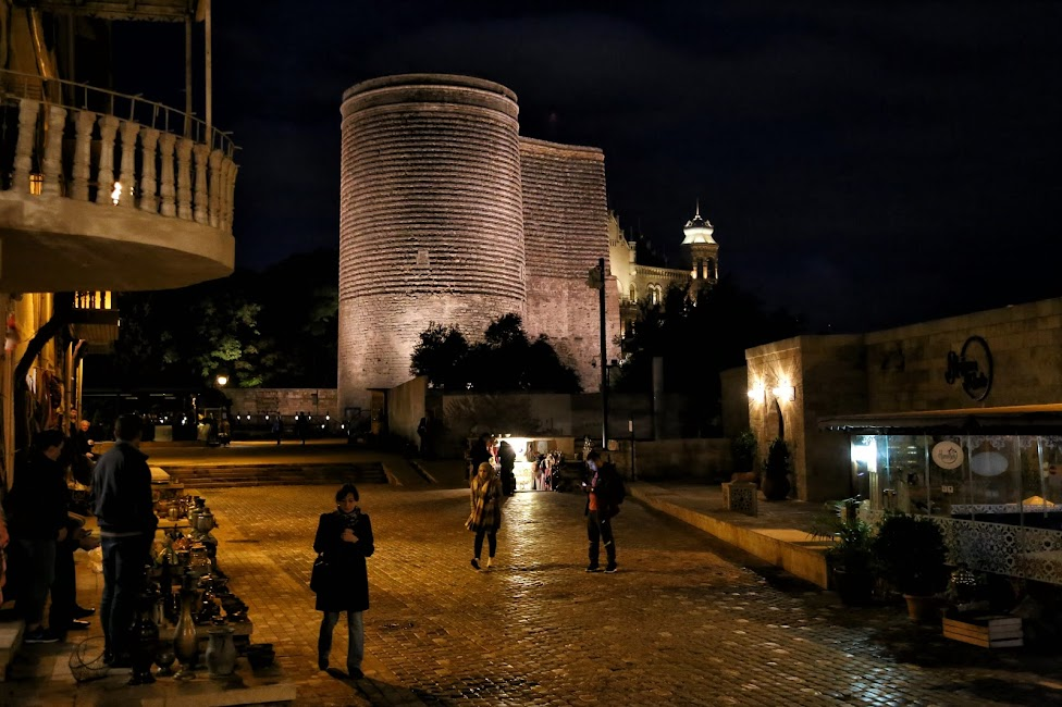 Baku, Baszta Dziewicza