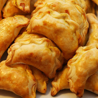 Chinese Curry Pockets [咖哩餃].