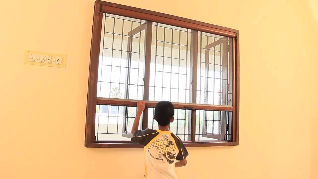 Cửa lưới chống muỗi tự cuốn linh hoạt và được nhiều gia đình lựa chọn sử dụng