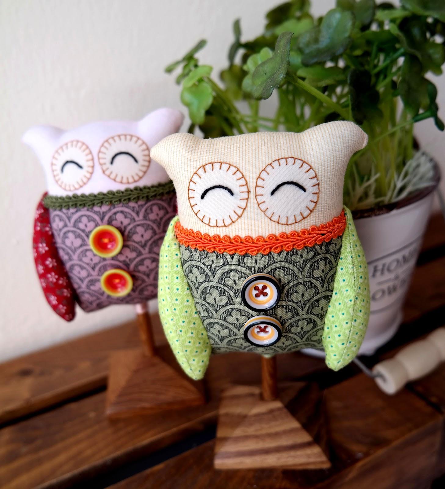 Valentine S Day Gifts Handmade Standee Owls By Kazimi Zakka