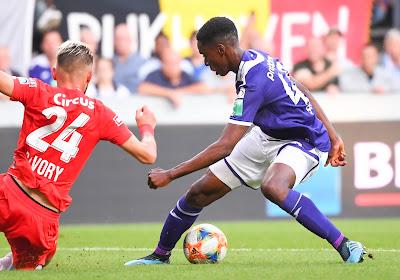 """De terugkeer van Adrien Trebel betekent banzitterstatuut voor Sambi Lokonga: """"Dat hoort bij het voetbal"""""""