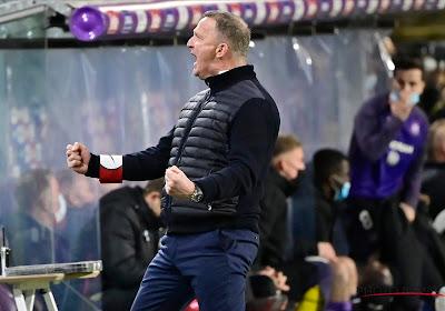"""Derde keer, goede keer. Genk klopt Anderlecht en staat in bekerfinale: """"25 lange minuten in het slot"""""""