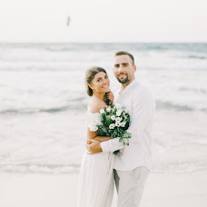 Wedding photographer Dmitriy Kapitonenko (Kapitonenko). Photo of 27.11.2017