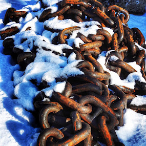 Chain chain chain  by Ann Goldman - Abstract Patterns ( chain, snow, rusty )