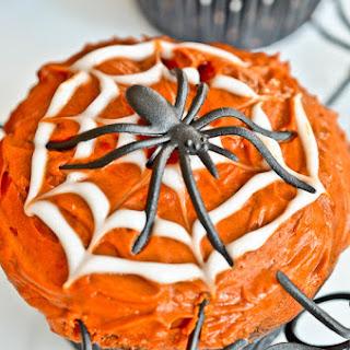 Halloween Chocolate Spider Cupcakes.
