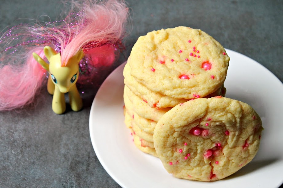 5-Ingredient Fluttershy's Cake Mix Cookies are the perfect treat for a My Little Pony Friendship is Magic: Fluttershy movie night