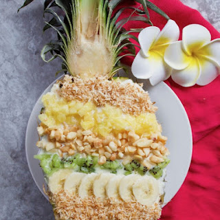 Hawaiian Pineapple Smoothie Bowl.