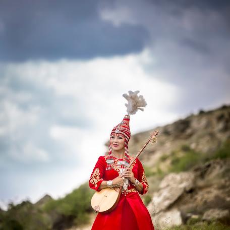 Wedding photographer Ilkham Yakubov (ilkham). Photo of 13.11.2017