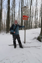 Photo: Na rázcestí Kozí chrbát dosahujem hlavný malokarpatský hrebeň. V podstate už od vyvieračky je súvislá snehová pokrývka