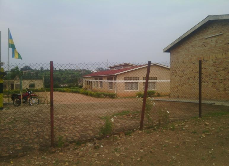 C:\Documents and Settings\user\Desktop\INDIRIMBO\ISIMBI 51\UDAHEMUKA\Fondation Mgr RWABILINDA\PHOTO\Picture and video 140.jpg