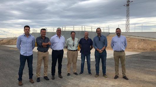 Autoridades en las instalaciones inauguradas en el municipio carbonero.