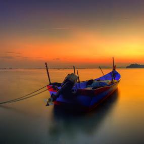 Sunrise | Hammerbay by Izham Khalid - Landscapes Waterscapes ( sunrise, boat )