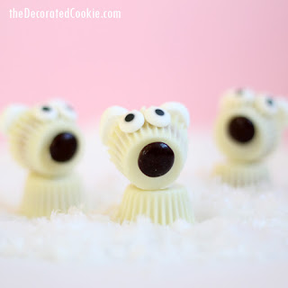 Reese's Peanut Butter Cup polar bears