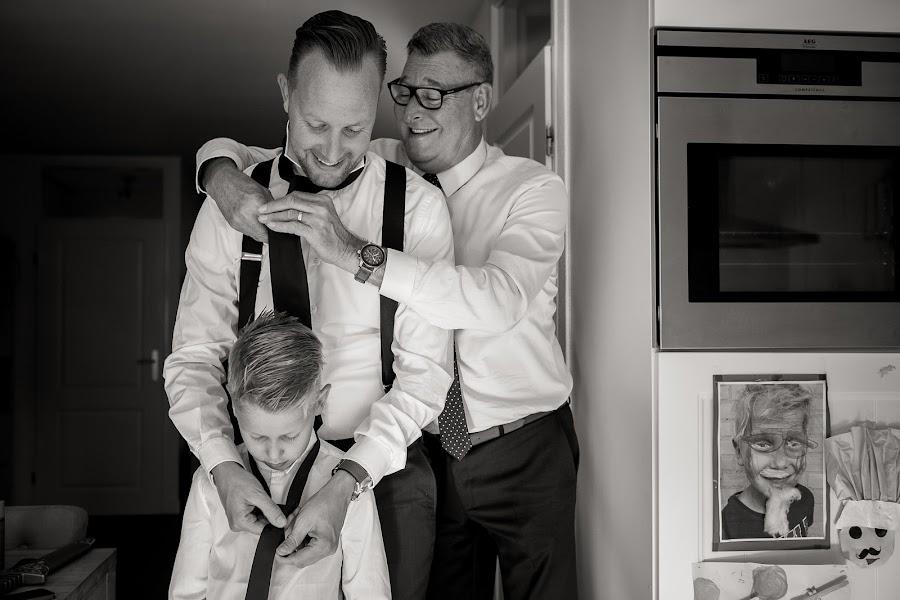 Wedding photographer Manola van Leeuwe (manolavanleeuwe). Photo of 03.09.2017