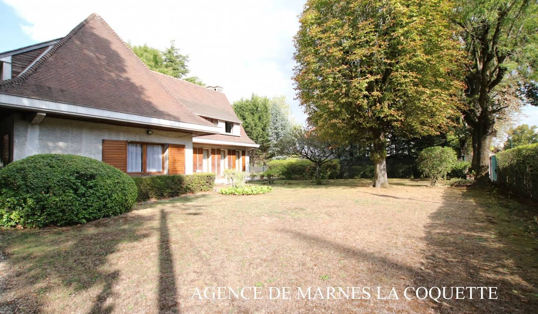 Maison avec terrasse Garches