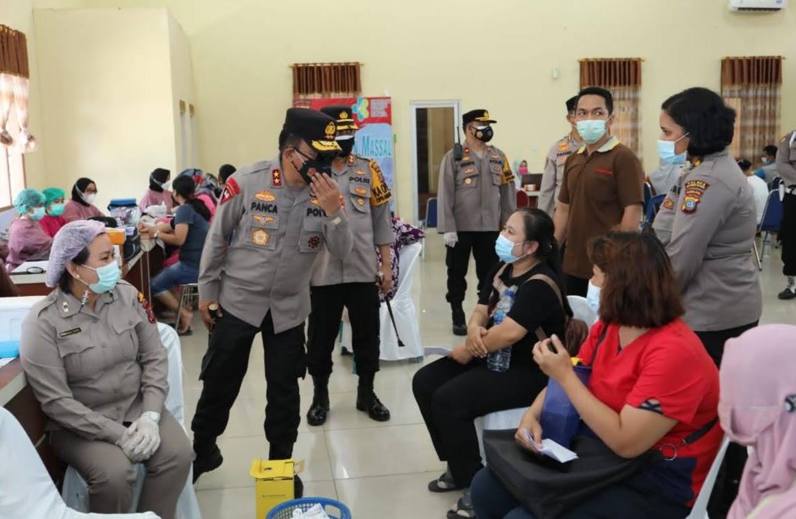 Kapolda Sumut Tinjau Vaksin Tahap II di Belawan