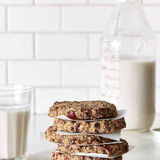 Raw Lemon Cranberry Raisin Oatmeal Cookies.