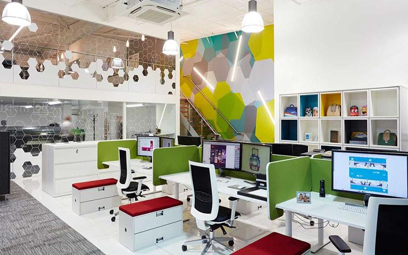 Cơ sở vật chát văn phòng hiện đại sẽ giúp nâng cao năng suất làm việc của nhân viên