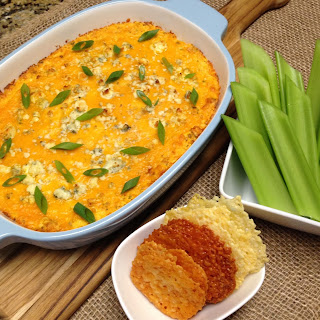 Buffalo Chicken Dip – Keto and Low Carb.