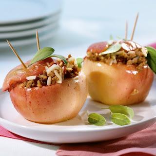 Gebackene Äpfel mit Hack-Reis-Füllung