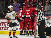 ? Les Carolina Hurricanes réalisent des célébrations originales et font le show en NHL