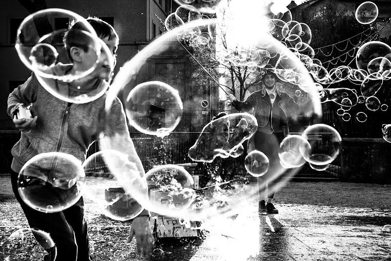 Come in una bolla di sapone di Maurizio Valentini