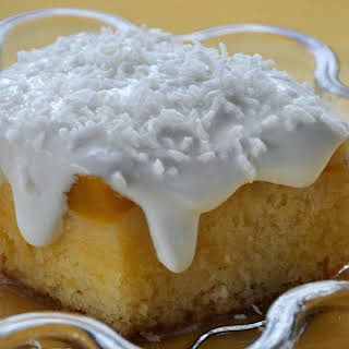 Canned Apricots Cake.