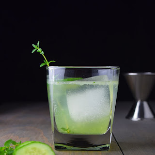 Cucumber, Gin, and Thyme Fizz