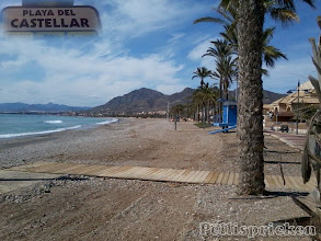 Photo: Jag går ut på stranden och där, långt borta... Bolnuevo