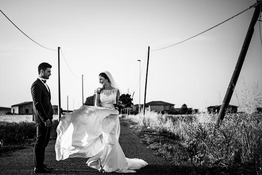 Wedding photographer Leonardo Scarriglia (leonardoscarrig). Photo of 03.12.2018