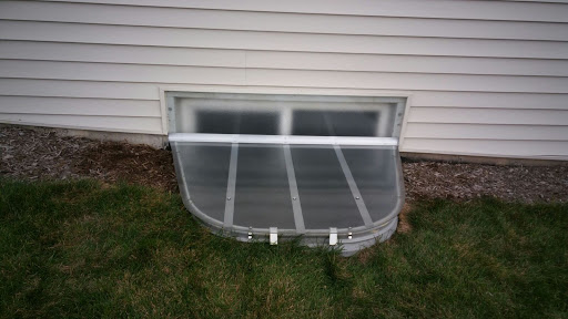 Hinsdale, IL HandyManny Custom Window Well Covers