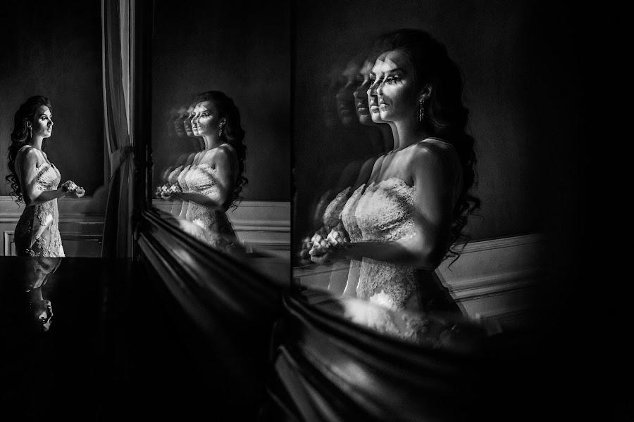 Wedding photographer Dmytro Sobokar (sobokar). Photo of 24.12.2017