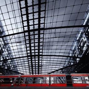 Berlin central station by Kai Süselbeck - Travel Locations Railway ( berlin central station )
