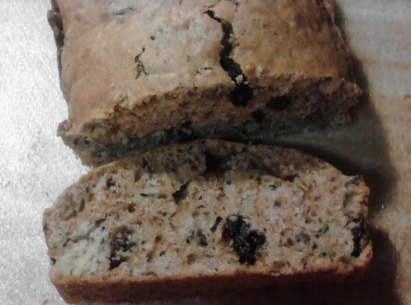 Super Moist Zucchini Bread Recipe