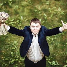 Wedding photographer Ivan Cyrkunovich (HiViv). Photo of 12.02.2014