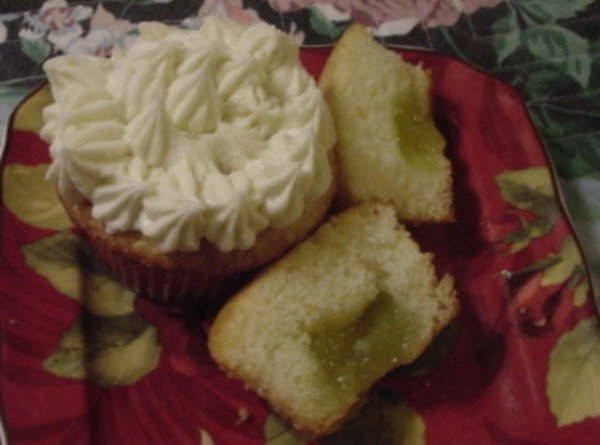 Vanilla Cupcakes With Lime Filling   And Lime Frosting Recipe