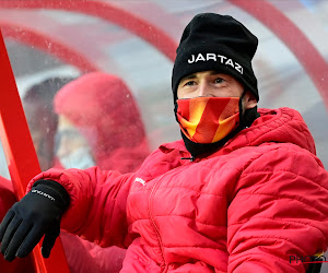 Defour ziet van op de bank KV Mechelen met tien man voorsprong weggeven