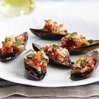 Grilled Garlic Mussels