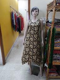 Ali's Fashions photo 4