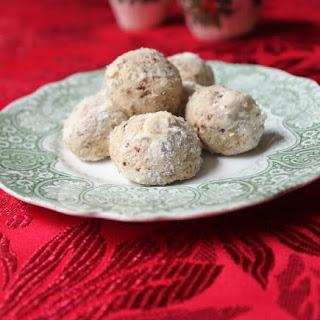 Pecan Puff Cookies