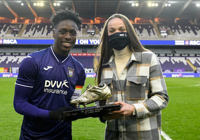 📷 Klasse: Tine De Caigny krijgt Gouden Schoen in Lotto Park voor #ANDKVM