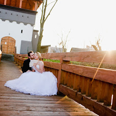Wedding photographer Magdalena Czerkies (magdalenaczerki). Photo of 02.02.2017