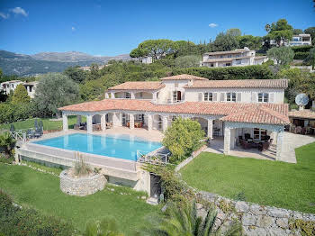 Villa 5 pièces 275 m2