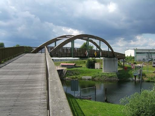 Fuß- und Radwegbrücke Schwedter Querfahrt Quelle: Stadt Schwedt/Oder